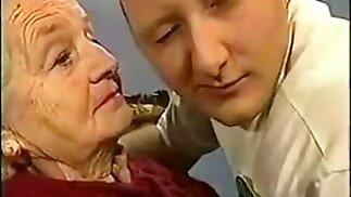 Granny mouth fuck tour!