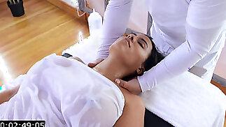 Luna Star Oiled Massage Anal